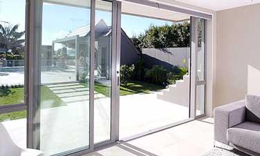 Prodotti arbo serramenti infissi in pvc a prezzi di for Prezzi porte finestre in alluminio